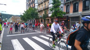 Marcha festiva de bici-patines.