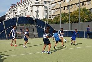 Lightning football tournament 5, kids aged 11-12.