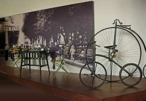 Aste Santuko tailerrak museoan