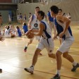 playing basket-ball