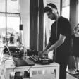 Noche DJ. George B.